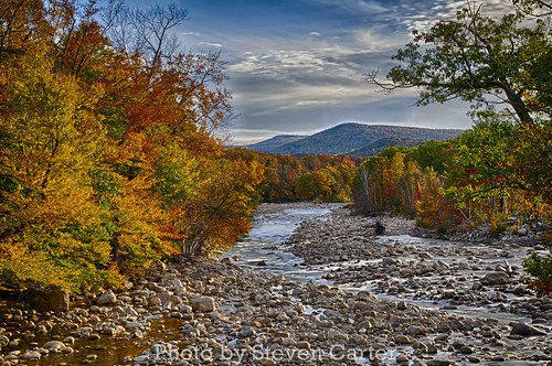 Fall HDR Lincoln, New Hampshire by satdishguy