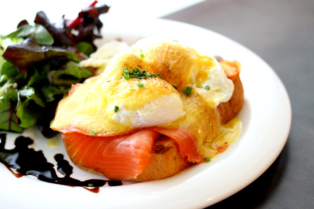 Backstage Cafe's Smoked Salmon Benedict