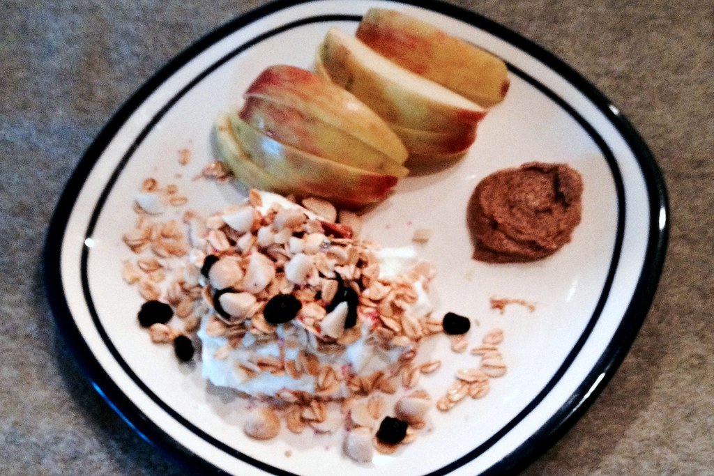 Apple & Yogurt Breakfast