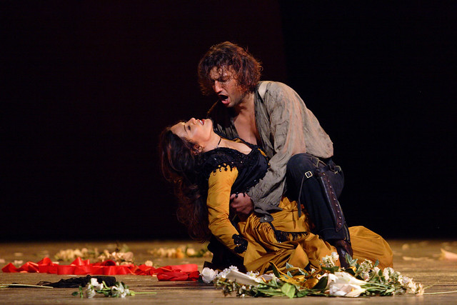 Anna Caterina Antonacci and Jonas Kaufmann in Carmen, The Royal Opera, 2006 © Catherine Ashmore