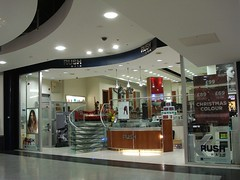 Picture of Rush Hair, 75 Centrale