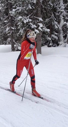 2014-02-01 Telemarkshelten: Hanna Kristine i farta på 13 km