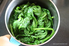 Blanched palak