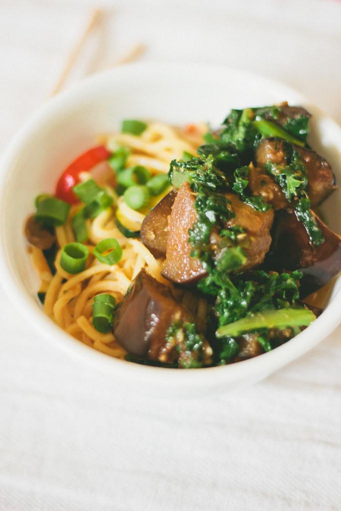 Eggplant, Kale, Aubergine, Noodle Bowl, Recipe, Weekday Meal