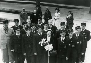 Det finske bedriftsidrettslaget fra papirindustrien forlater Trondheim (1949)