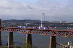 170476 working 2K07 Edinburgh Waverly - Glenrothes on the Forth Rail Bridge approaching North Queensferry 12/04/14...