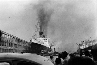 Crowd Watching Queen Mary Depature 1940's