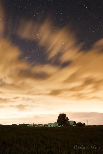 Noche ígnea