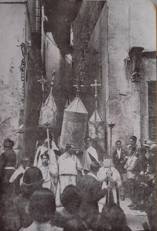 Mangas Corpus. Callejón de Jesús y María. Hnos. Rodríguez