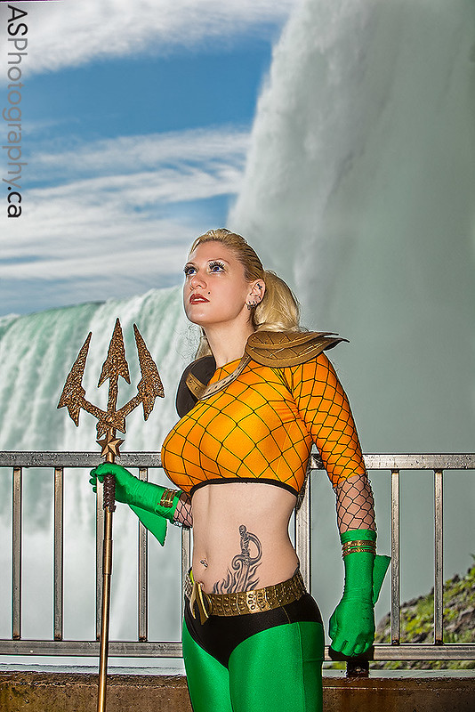 Aquawoman by the super duper awesome Freddie Nova captured at NFCC Niagara Falls Comic Con 2013