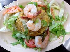 ceviche(0.0), caridean shrimp(0.0), fish(0.0), pad thai(0.0), caesar salad(0.0), shrimp(1.0), salad(1.0), seafood(1.0), invertebrate(1.0), food(1.0), scampi(1.0), dish(1.0), cuisine(1.0),