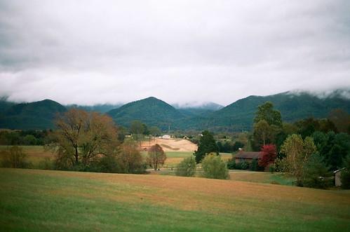 autumn mountains fall film fog clouds 35mm virginia lexington buenavista canonae1 shenandoahvalley blueridgemountains appalachianmountains canonfd50mmf14 canonfd kodakektar100 jillshill