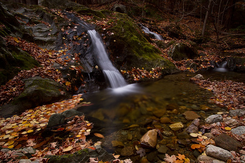 autumn usa fall leaves ma waterfall massachusetts savoy supershot tanneryfalls