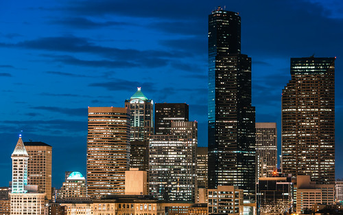 seattle city skyline night clouds canon buildings lights evening washington downtown cityscape cloudy pacificnorthwest bluehour smithtower partlycloudy columbiatower canon135mmf2lusm canoneos5dmarkiii
