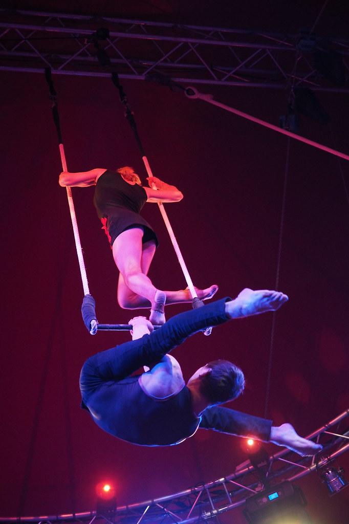 Cirque Imagine - C'est beau 11464990755_40ef5821c0_b