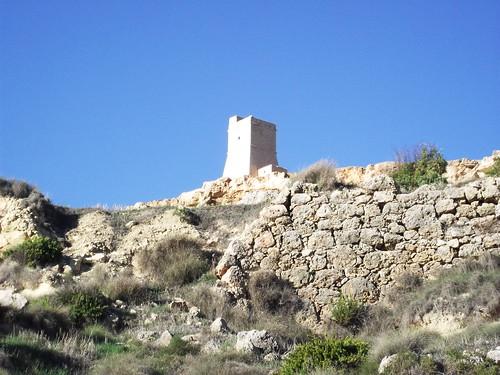Gnejna Bay - Erődök mindenütt
