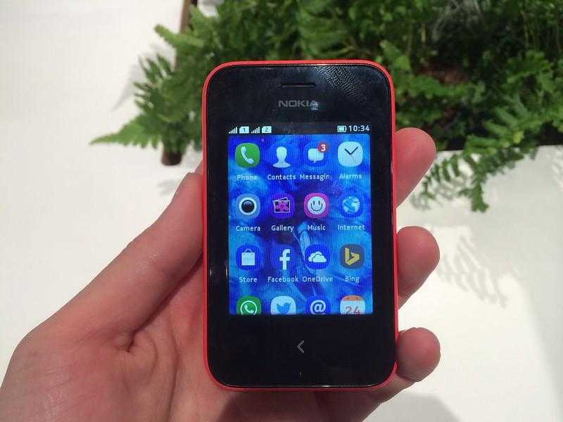 Nokia Asha 230 - Front