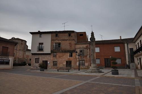 Presencio (Burgos). Plaza Mayor