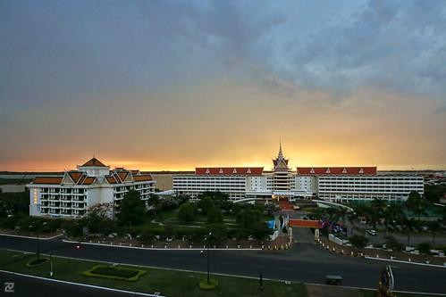 sunrise dawn hotel phnompenh cambodiana