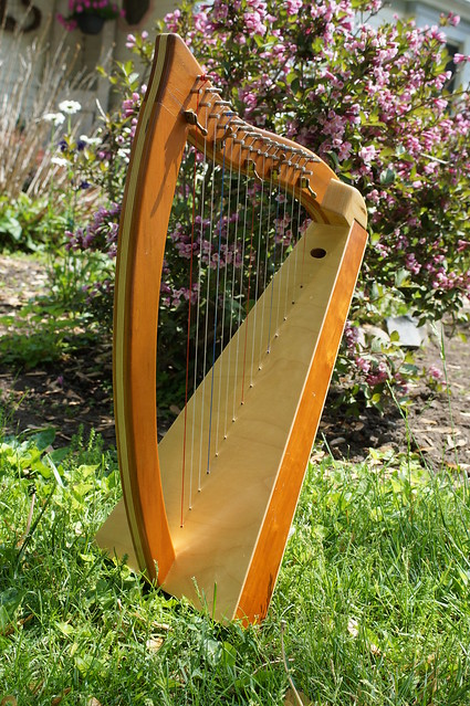 2-octave PraiseWorthy lap harp for sale