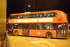 LT324 @ Euston bus station