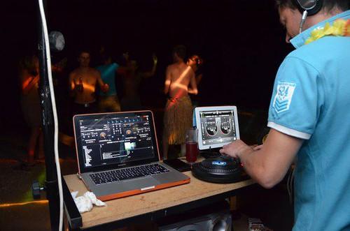 Notre DJ en action