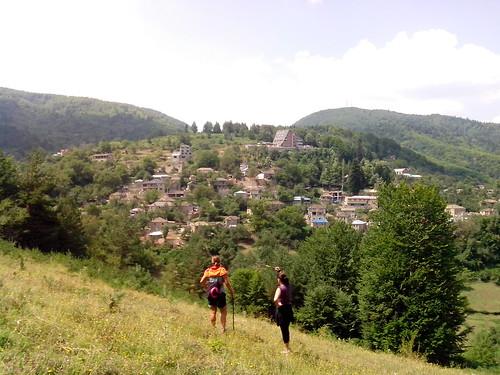 Camminata panoramica a Dardha by Ylbert Durishti
