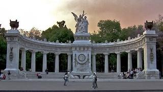 Hemiciclo a Juarez Alameda Central