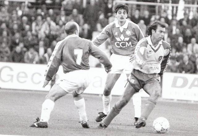 Roberto Simón Marina y Juan Carlos Paniagua en el partido CD Toledo-Villarreal CF de la temporada 1993/1994 © Fotografía de Carlos Monroy
