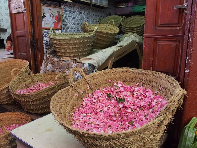 Fes古城市場的鮮花花瓣