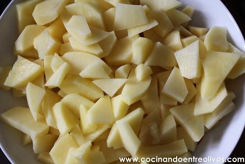 Pimientos verdes rellenos de tortilla de patatas www.cocinandoentreolivos (3)