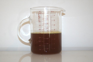 05 - Zutat Rinderbrühe / Ingredient beef broth