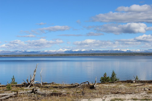 IMG_1999_West_Thumb_Yellowstone_Lake