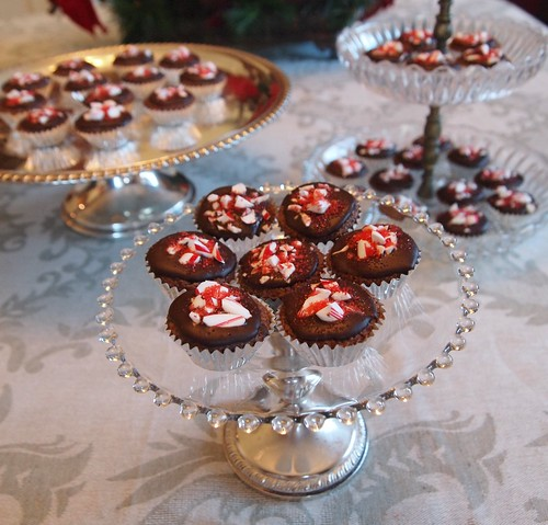 Mini Dark Chocolate Cupcake Bites