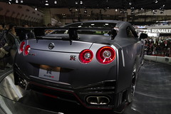 07_NISMO_GT-R_back_right2