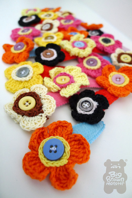 Spring bloom crochet clips