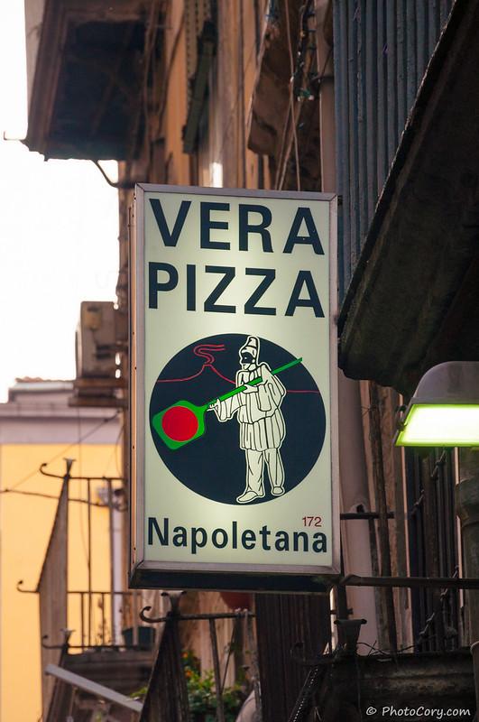 Vera pizza Napoletana - sign