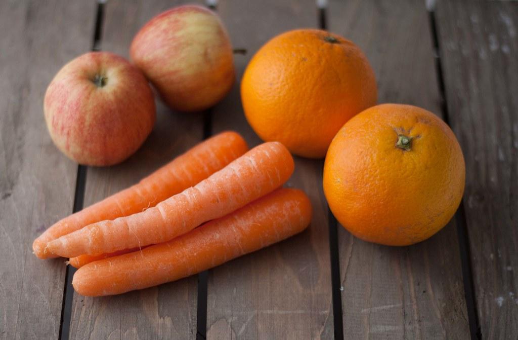Gulerodsjuice med æble og appelsin (1)