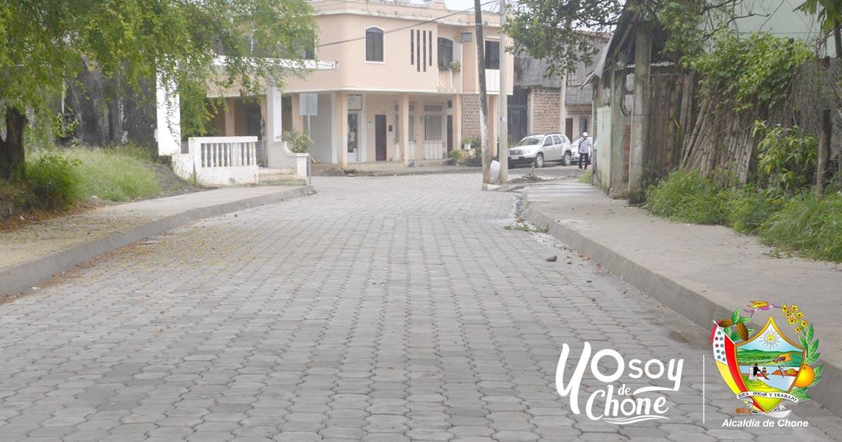 Calle Elio Santos Macay de San Felipe concluida al 100%