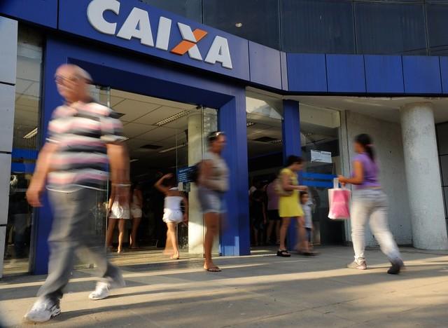 A preocupação por parte de sindicatos, trabalhadores e especialistas é que tais medidas indiquem tentativa de privatização - Créditos: Agência Brasil