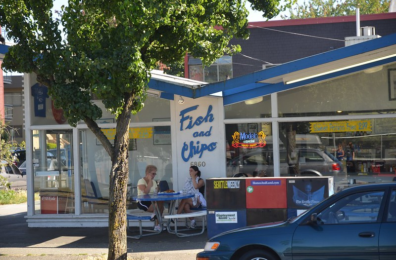 Green lake seattle wa neighborhood guide findwell for Spuds fish and chips