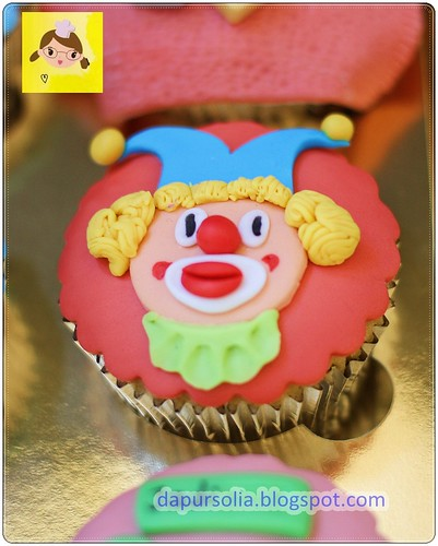 Clown Cupcake for Aqmal