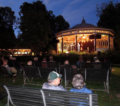 Tivoli Gardens - Apresentação Musical