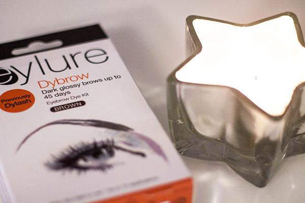 9c0945dafaf DIY Eyebrow Dye Routine | Definitely Lovely / UK Lifestyle Blog