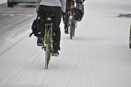 Snow scenes in Portland-11