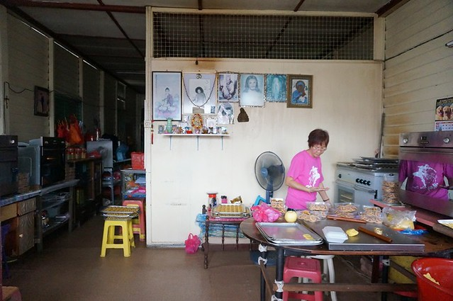 bee bee pineapple tarts - best in melaka -004