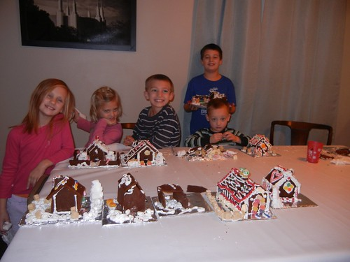 Dec 20 2013 Gingerbread Houses (3)