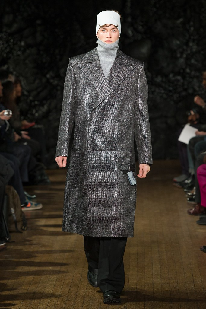 FW14 London Xander Zhou033_Rutger Schoone(VOGUE)