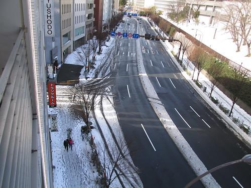 2014年2月9日靖国通り新宿方面