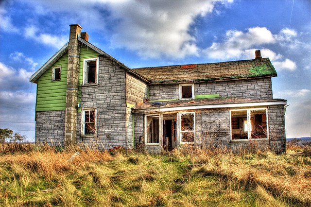 Abandoned house in Melancthon